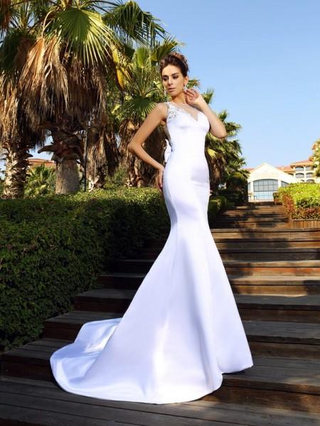 Trumpet/Mermaid Scoop Beading Sleeveless Long Satin Dresses