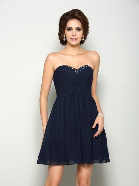 A-Line/Princess Sweetheart Beading Sleeveless Short Chiffon Homecoming Dresses