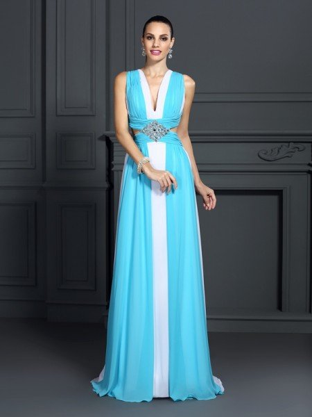 A-Line/Princess Halter Ruffles Sleeveless Long Chiffon Dresses