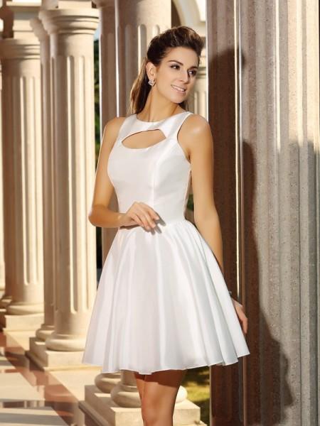 A-Line/Princess High Neck Sleeveless Short Taffeta Cocktail Dresses