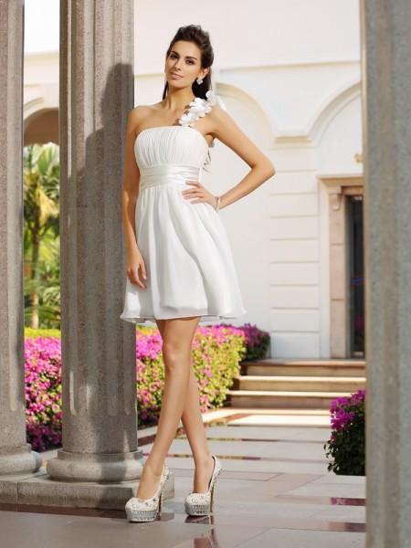 A-Line/Princess One-Shoulder Hand-Made Flower Sleeveless Short Chiffon Cocktail Dresses