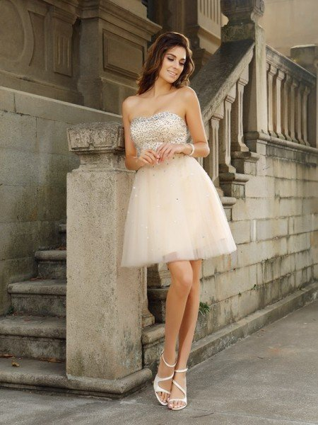 A-Line/Princess Strapless Beading Sleeveless Short Satin Cocktail Dresses
