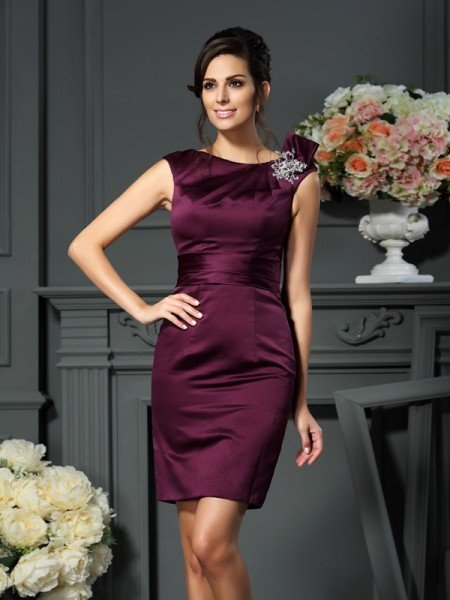 Sheath/Column Scoop Beading Sleeveless Short Satin Mother of the Bride Dresses