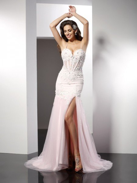 Trumpet/Mermaid Spaghetti Straps Applique Sleeveless Long Tulle Dresses
