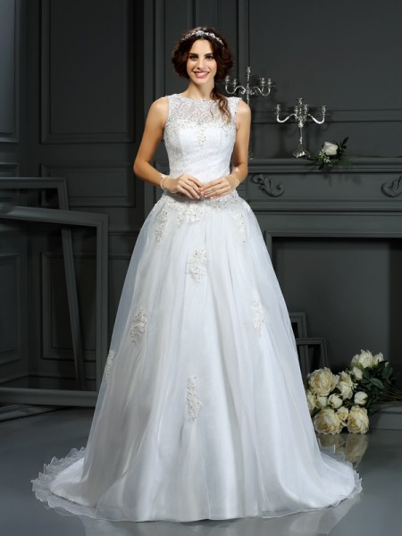 A-Line/Princess Scoop Applique Sleeveless Long Net Wedding Dresses