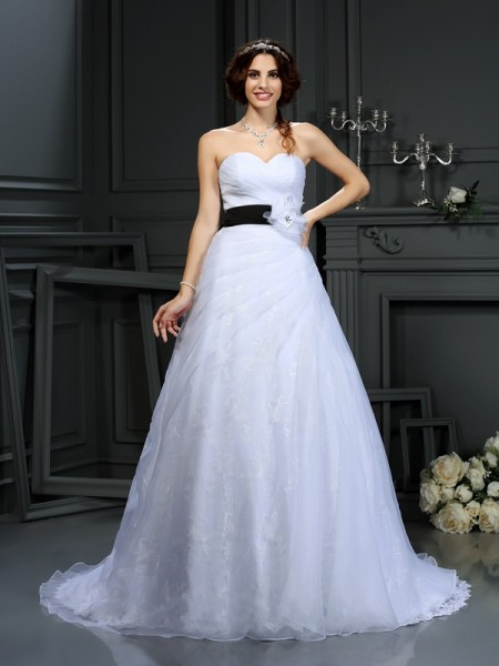 A-Line/Princess Sweetheart Sash/Ribbon/Belt Sleeveless Long Satin Wedding Dresses