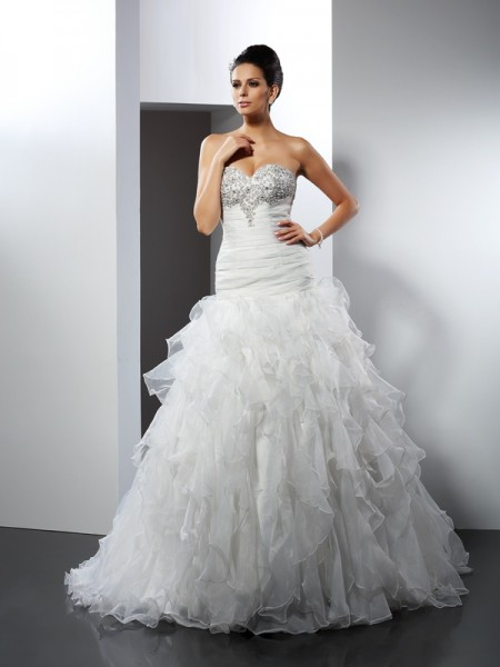 Ball Gown Sweetheart Ruffles Sleeveless Long Tulle Wedding Dresses