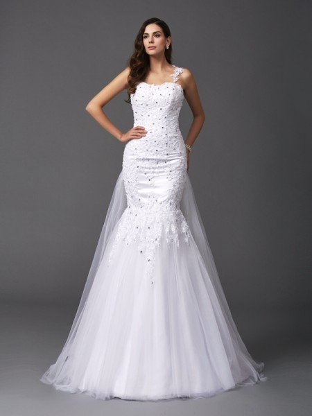 Trumpet/Mermaid Straps Beading Sleeveless Long Net Wedding Dresses