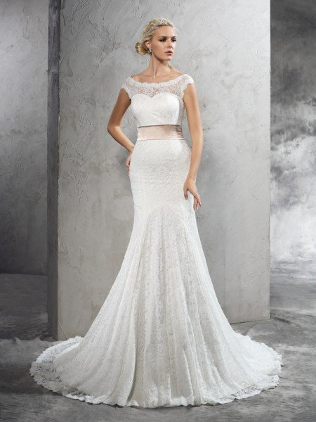 Sheath/Column Sheer Neck Sash/Ribbon/Belt Sleeveless Long Lace Wedding Dresses