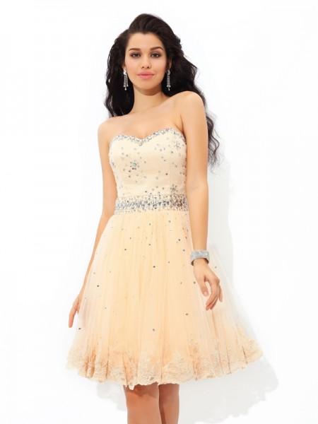 A-Line/Princess Sweetheart Beading Sleeveless Short Satin Cocktail Dresses