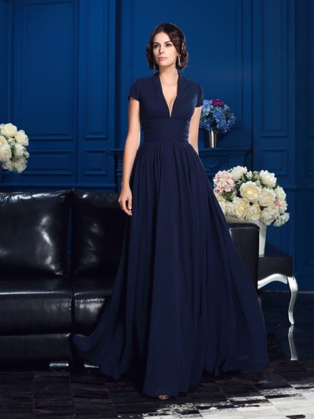 A-Line/Princess V-neck Applique Short Sleeves Long Chiffon Mother of the Bride Dresses