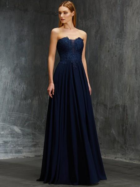A-Line/Princess Sweetheart Sleeveless Floor-Length Applique Chiffon Dresses