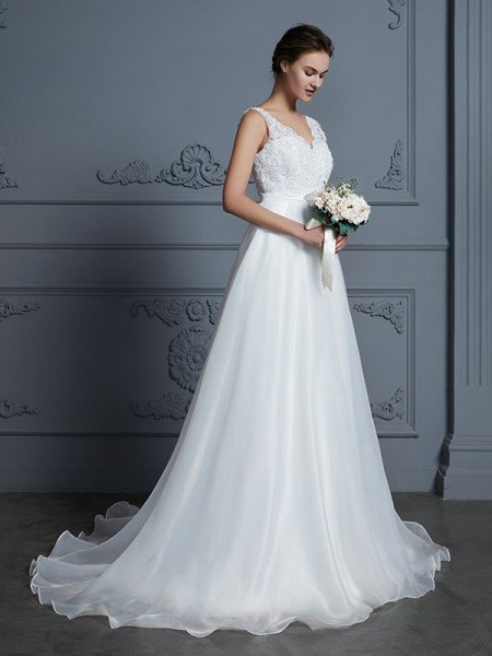 A-Line/Princess V-neck Sleeveless Floor-Length Lace Chiffon Wedding Dresses