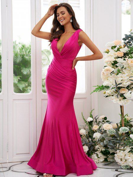 Trumpet/Mermaid Jersey Ruched V-neck Sleeveless Sweep/Brush Train Bridesmaid Dresses