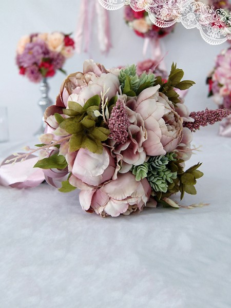 Free-Form Attractive Silk Flower Bridal Bouquets