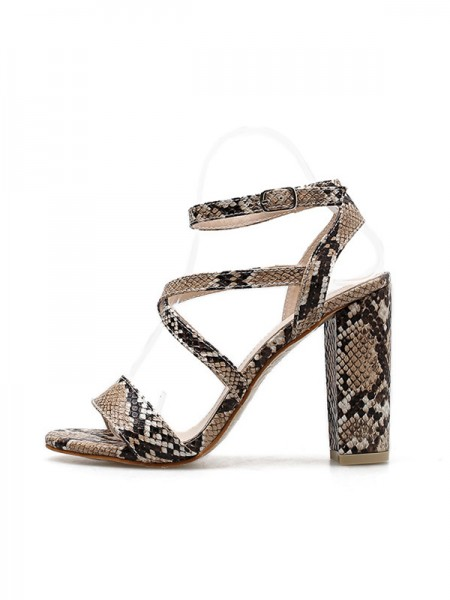 Women's Stunning Buckle Peep Toe Chunky Heel Sandals