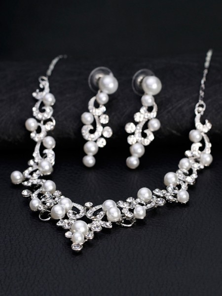 Elegant Alloy With Rhinestone And Pearl Jewelry Set For Ladies