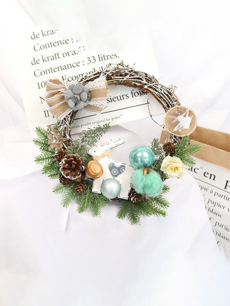 Elegant Wood Cotton Christmas Wreaths