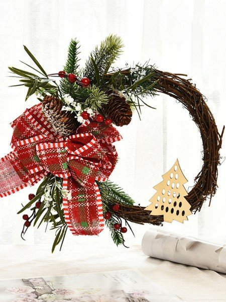 Exquisite Wood Bowknot Christmas Wreaths