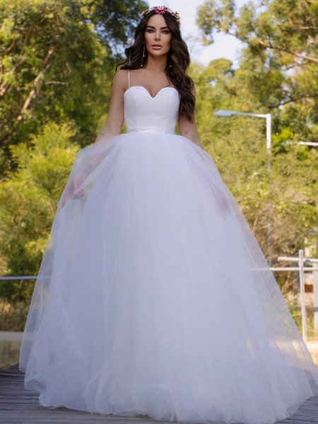 Ball Gown Tulle Sweetheart Sleeveless Sweep/Brush Train Wedding Dresses
