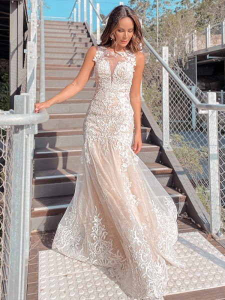 Trumpet/Mermaid Scoop Tulle Applique Sleeveless Sweep/Brush Train Wedding Dresses