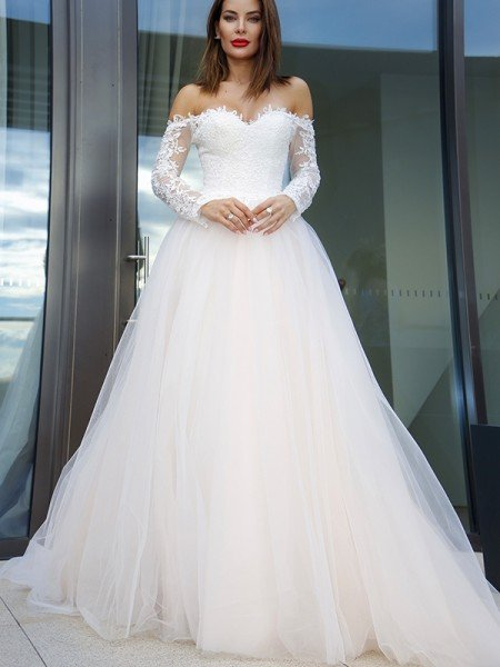 A-Line/Princess Long Sleeves Tulle Applique Off-the-Shoulder Court Train Wedding Dresses
