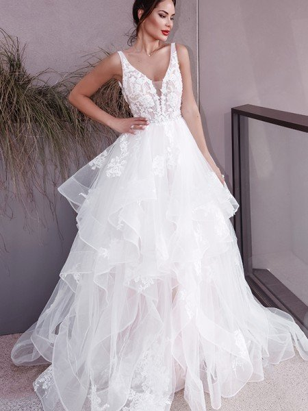 A-Line/Princess V-neck Applique Sleeveless Tulle Sweep/Brush Train Wedding Dresses