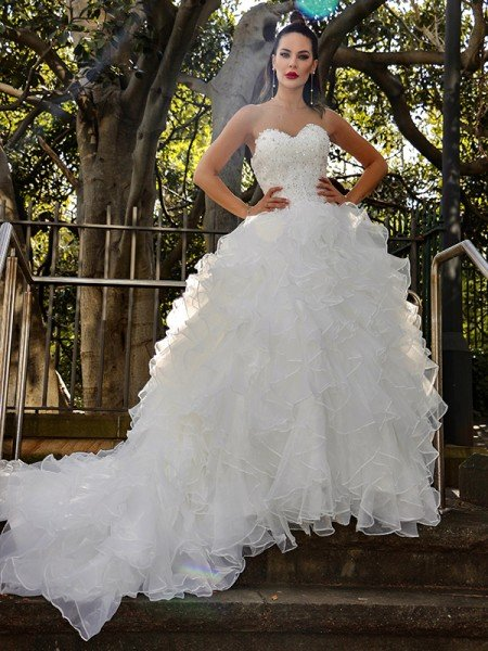 Ball Gown Organza Sleeveless Sequin Sweetheart Chapel Train Wedding Dresses