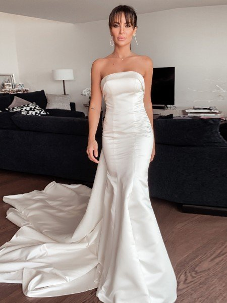 Sheath/Column Satin Ruffles Strapless Sleeveless Court Train Wedding Dresses