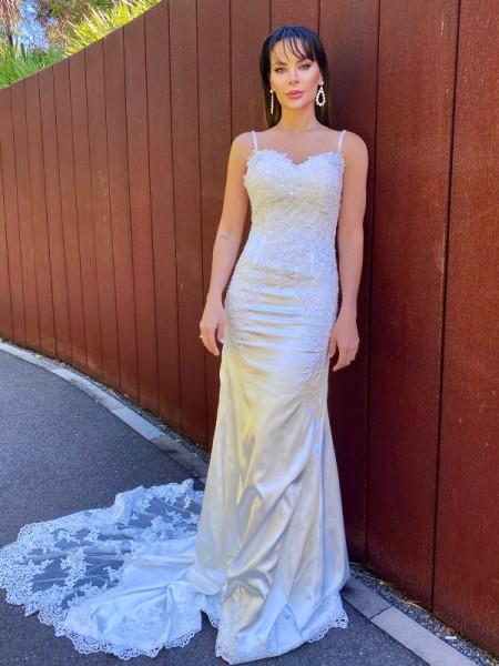 Trumpet/Mermaid Elastic Woven Satin Spaghetti Straps Lace Sleeveless Court Train Wedding Dresses