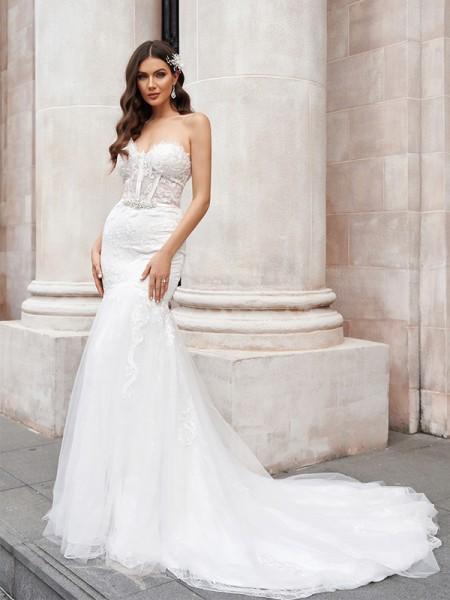 Trumpet/Mermaid Tulle Sweetheart Applique Sleeveless Court Train Wedding Dresses