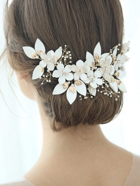 Amazing Alloy With Flower Headpieces