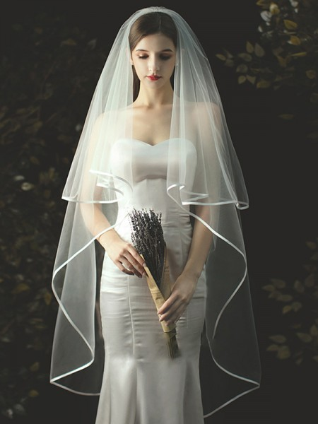 Classic Tulle Two Tier Waltz Wedding Veils With Ribbon Edge