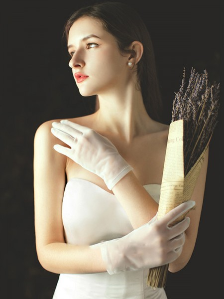 Fancy Tulle Wrist Length Wedding Gloves