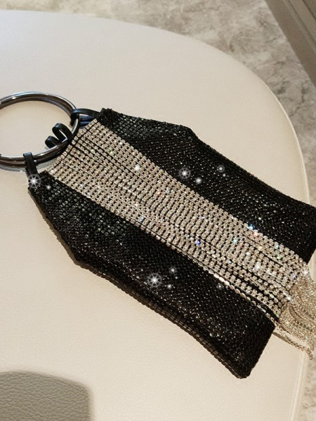 Trending PU Evening/Party Handbags With Sequin