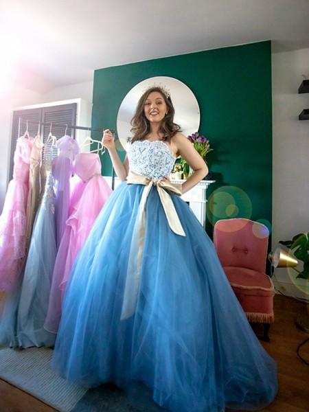 Ball Gown Sleeveless Tulle Sweep/Brush Train Sweetheart Applique Dresses