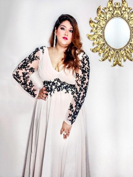 A-Line/Princess V-neck Applique Floor-Length Chiffon Long Sleeves Plus Size Dresses