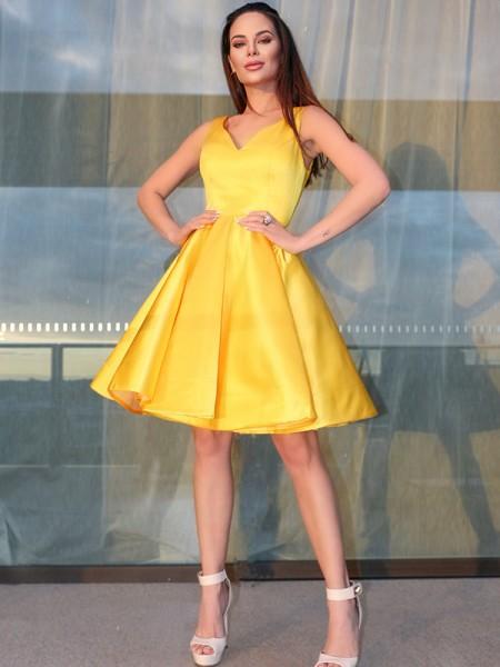A-Line/Princess Sleeveless Straps Satin Ruffles Short/Mini Homecoming Dresses