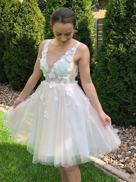 A-Line/Princess V-neck Applique Sleeveless Tulle Short/Mini Homecoming Dresses