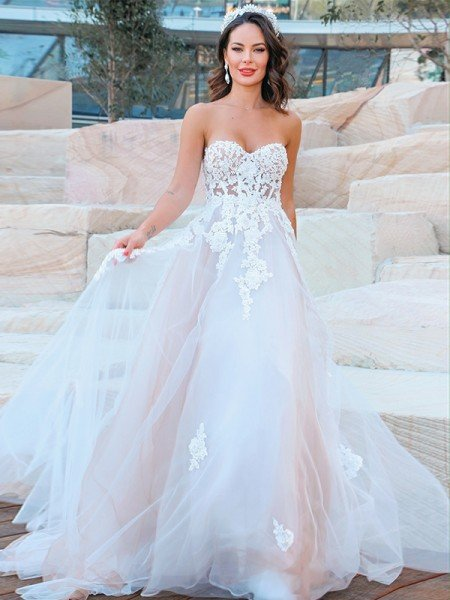 A-Line/Princess Sweetheart Tulle Applique Sleeveless Sweep/Brush Train Wedding Dresses