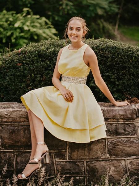 A-Line/Princess Satin Beading Scoop Sleeveless Short/Mini Homecoming Dresses