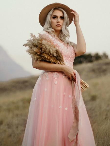 A-Line/Princess Tulle Sleeveless Sweetheart Applique Floor-Length Dresses