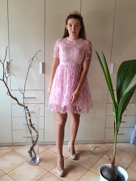 A-Line/Princess Short Sleeves Organza Sheer Neck Applique Short/Mini Homecoming Dresses
