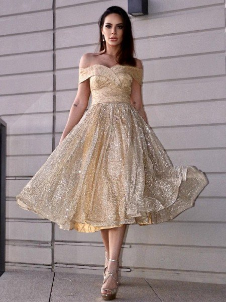 A-Line/Princess Ruched Off-the-Shoulder Sleeveless Tea-Length Homecoming Dresses