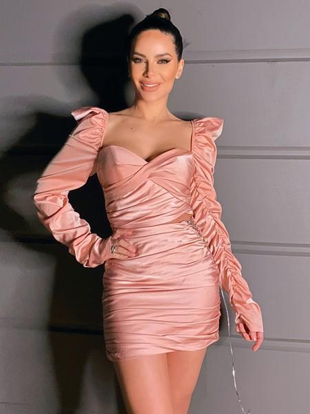 Sheath/Column Charmeuse Ruched Sweetheart Long Sleeves Short/Mini Homecoming Dresses