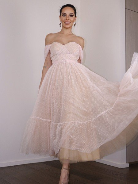 A-Line/Princess Lace Ruched Off-the-Shoulder Sleeveless Tea-Length Homecoming Dresses