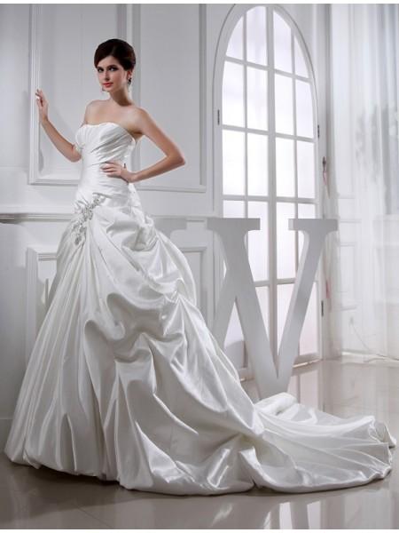 A-Line/Princess Beading Applique Strapless Sleeveless Long Satin Wedding Dresses