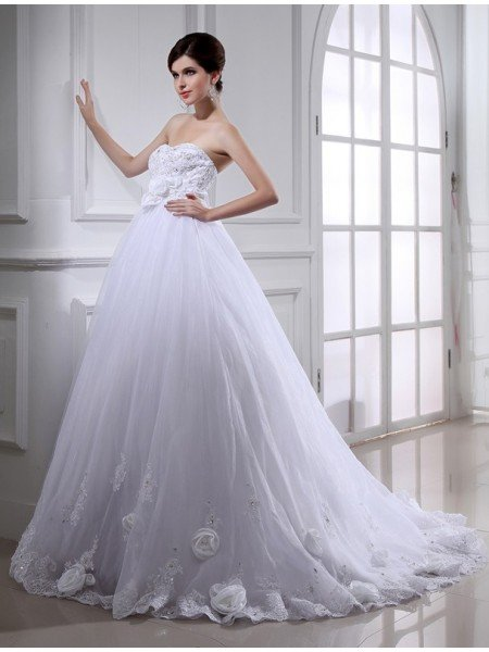 Ball Gown Beading Hand-made Flower Strapless Sleeveless Long Organza Wedding Dresses