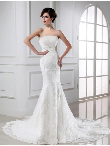 Trumpet/Mermaid Beading Strapless Sleeveless Lace Tulle Wedding Dresses