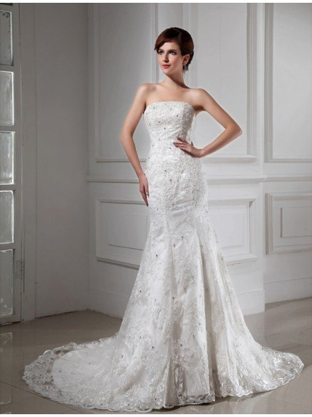 Trumpet/Mermaid Beading Strapless Sleeveless Lace Satin Wedding Dresses